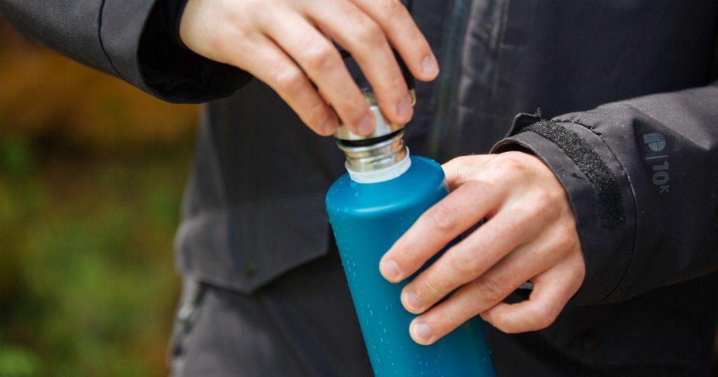 Ūdens pudele - dāvana vīrietim