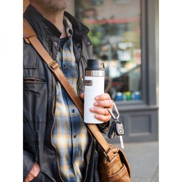 Stanley classic one hand vacuum mug white